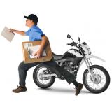motoboy que faz entrega Farina